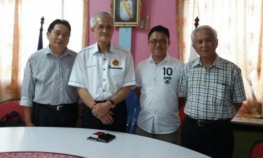 Tiga calon akhir Kabong. Dari Kiri: Mohd Che Kadir, Abdullah Sulaiman dan Dr Rosana