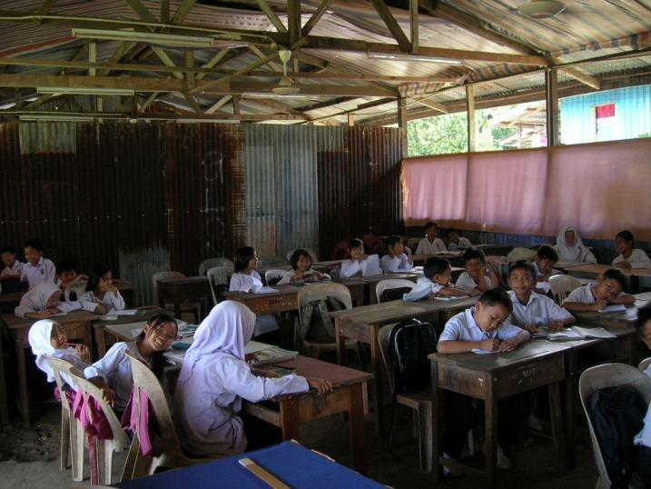 Jangan biarkan murid di Sarawak terus belajar di sekolah daif -  Sarawakvoice.com
