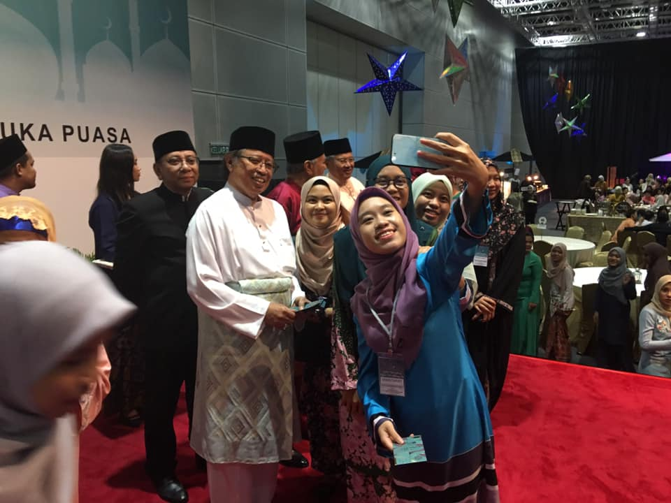 Tiket Kapal Terbang Pergi Balik Pelajar Sarawak Ditanggung